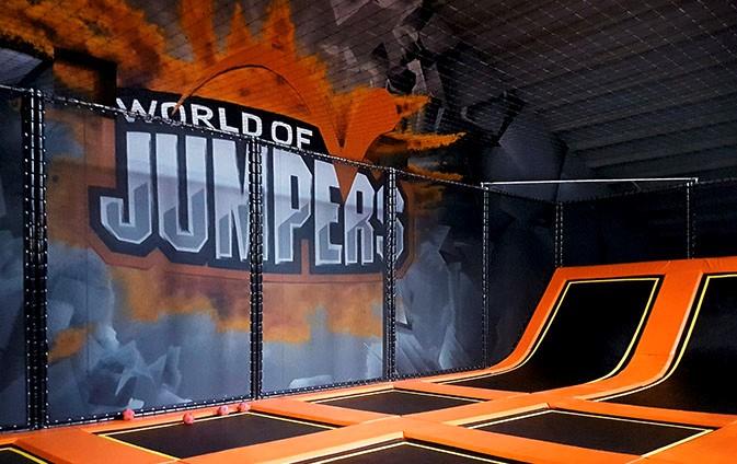 Corporate Design Marke Werbung Indoorpark World of Jumpers Contigo Social Media